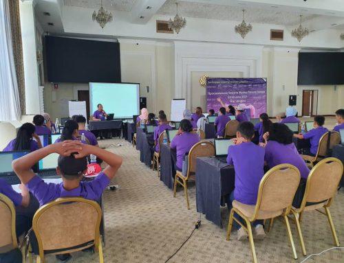 В Оше проходит летний лагерь по программированию для школьников из южных областей